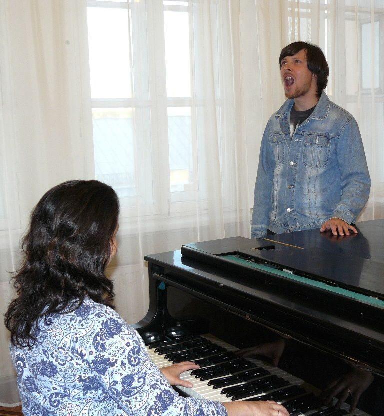 Голоса ноты на распевки фортепиано для Распевка